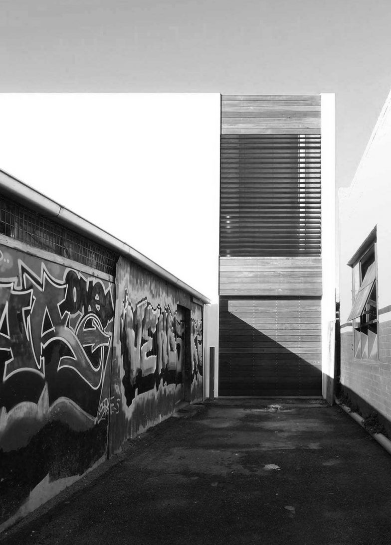 Collingwood Studio Grid BW